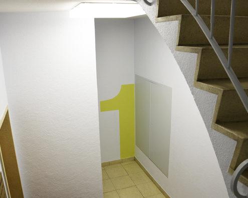 заказать покраску стен в подъезде